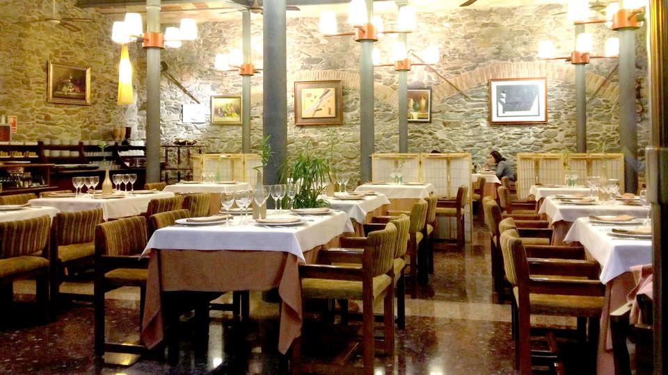 Hotel Spa Porto Cristo - Edit_Restaurant2.jpg