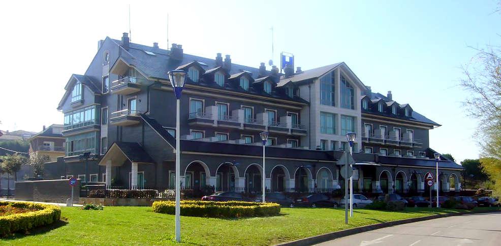Hotel spa milagros golf 4 mogro espagne for Reservation hotel en espagne gratuit