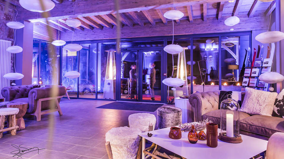 Hotel The Originals La Mainaz Restaurant & Resort (ex Relais du Silence) - edit_lobby1.jpg