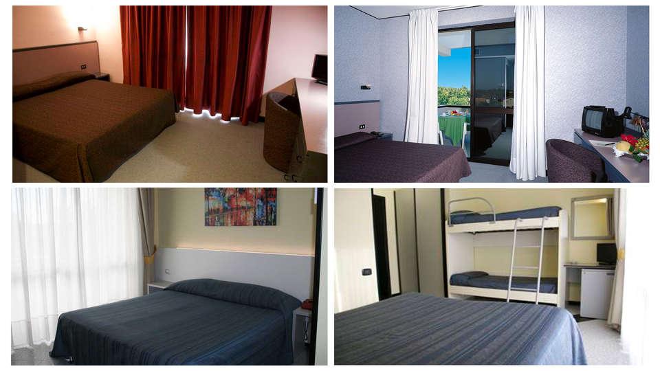 Hotel Clorinda Paestum - Edit_Room.jpg
