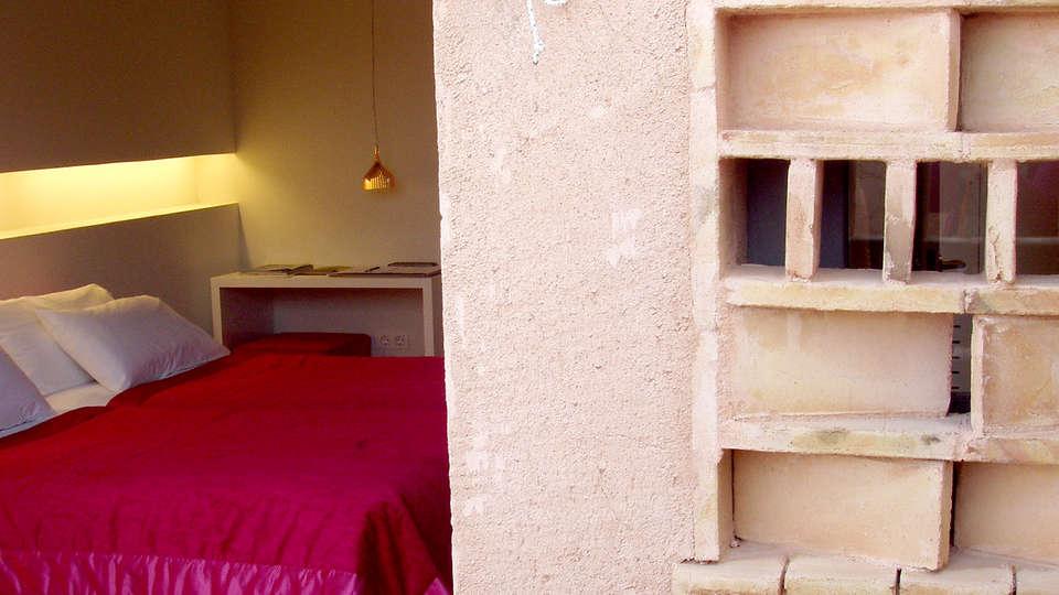 Hotel Spa La Romana - Edit_Room2.jpg