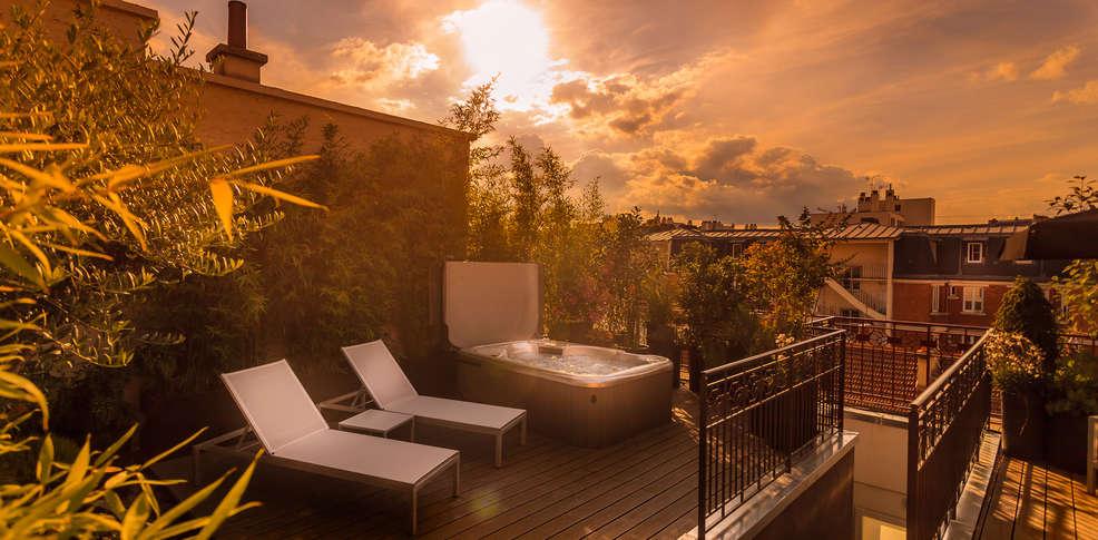 H tel felicien by elegancia h tel de charme paris for Reservation hotel a paris gratuit