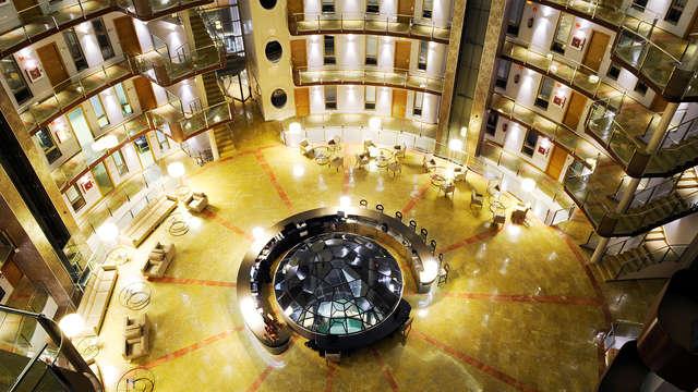 Escapada en un exclusivo y vanguardista hotel de Ciudad Real con desayuno incluido
