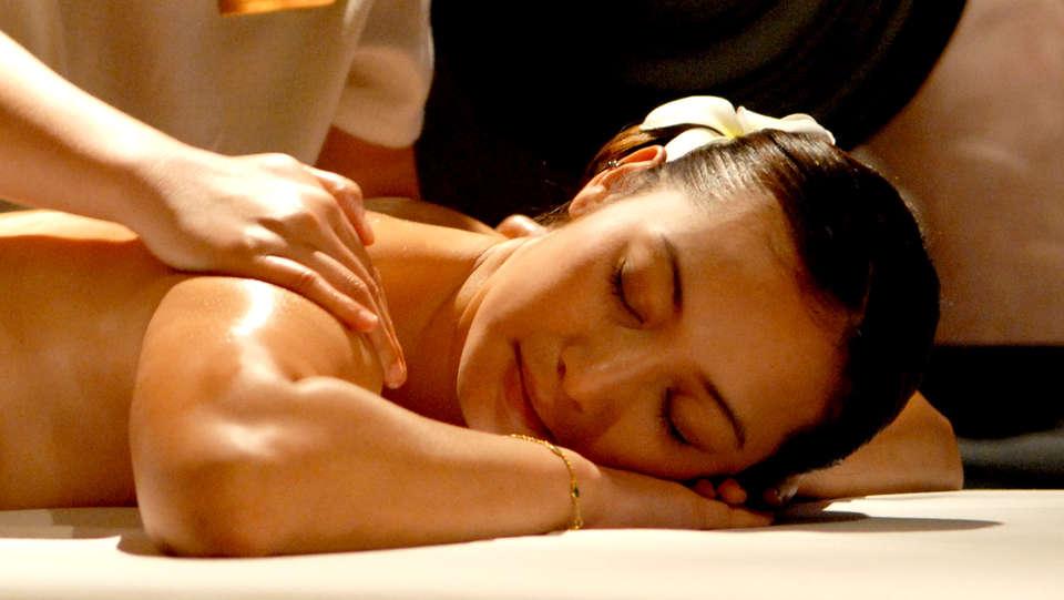 Hotel Spa Cádiz Plaza - Only Adults - Edit_Massage.jpg