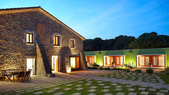Descubre la vida rural en una Masía cerca de Girona