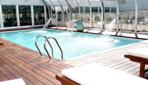 Escapada refrescante con cena, spa, piscina y parking en Ciudad Real (desde 2 noches)