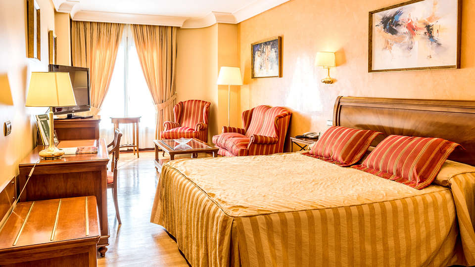 Hotel Sercotel Guadiana - Edit_room3.jpg