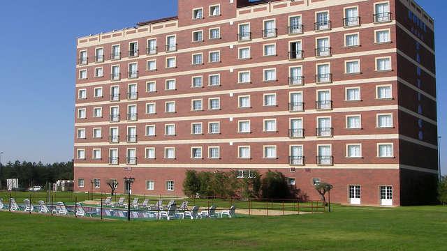 Hotel Santiago Leon