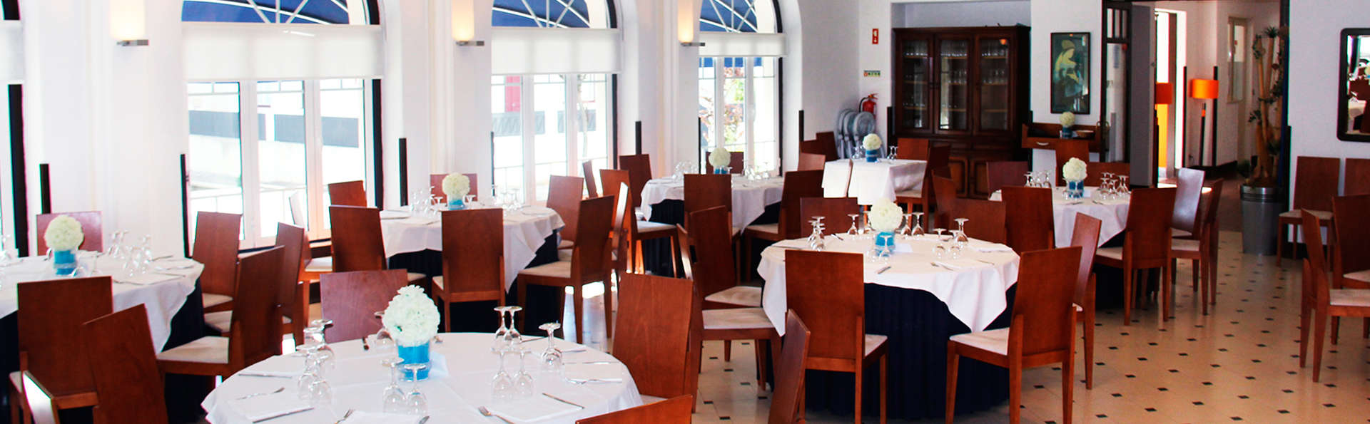 Hotel Evenia Monte Real - EDIT_restaurant.jpg