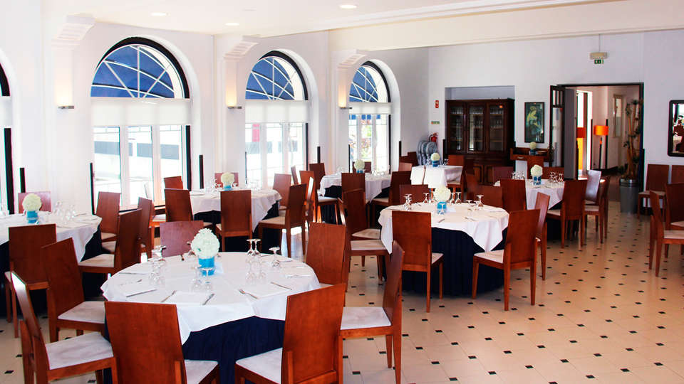 Hotel Evenia Monte Real - EDIT_restaurant.jpg
