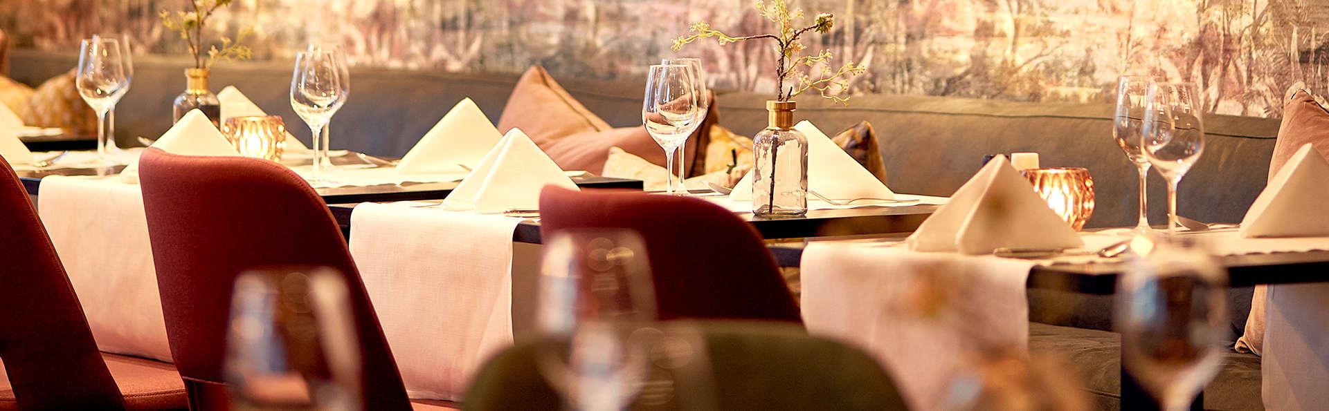 Van der Valk Hotel Groningen-Hoogkerk - Edit_Restaurant3.jpg