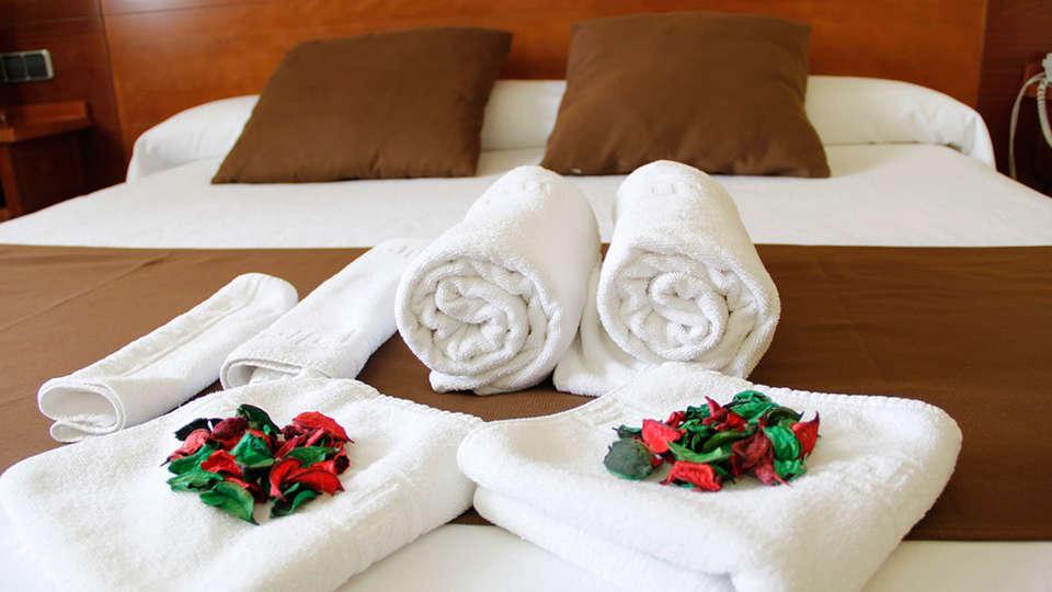 Hotel Hidalgo - EDIT_room1.jpg