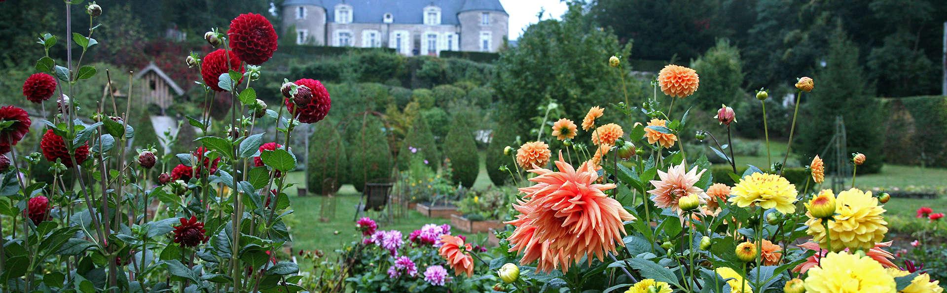 Château de Pray - EDIT_garden2.jpg