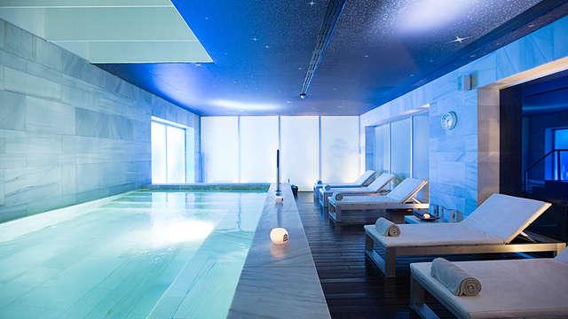 Escapada de lujo en pleno centro de Granada en un palacio 5* con sesión de spa incluida