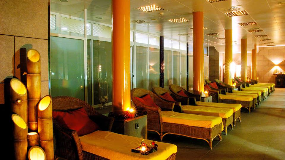 Hotel La Laguna Spa & Golf - EDIT_spa.jpg