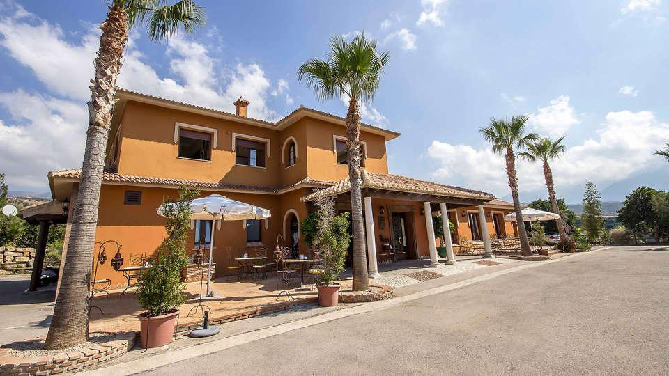 Hotel Las Mayoralas - EDIT_front.jpg