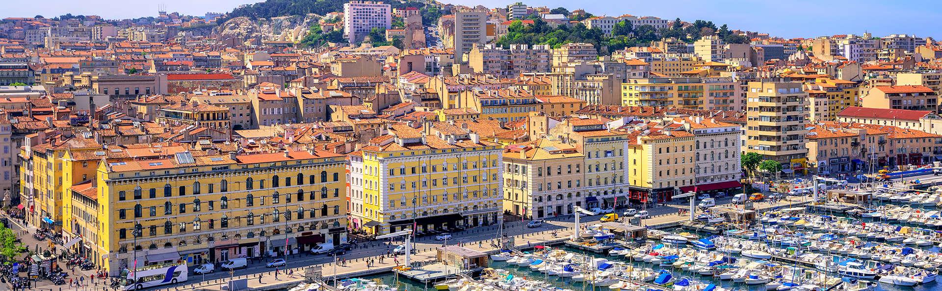 Maison Montgrand Marseille Vieux-Port - Edit_Marseille.jpg