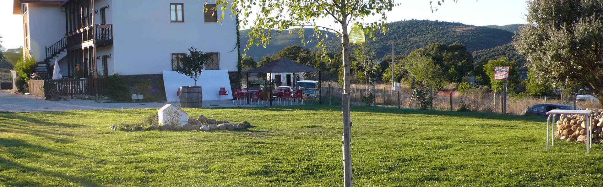 Hotel Rural La Peregrina - EDIT_Exterior.jpg