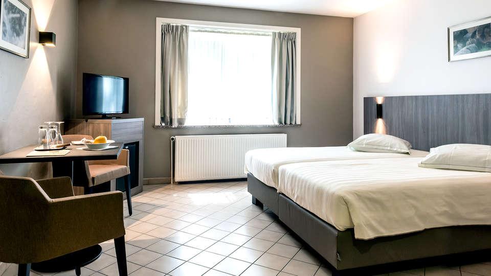 Hotel In den Bonten Os - Edit_room.jpg