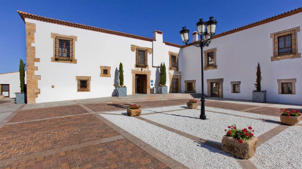 Hospes Palacio de Arenales Spa - EDIT_NEW_front.jpg