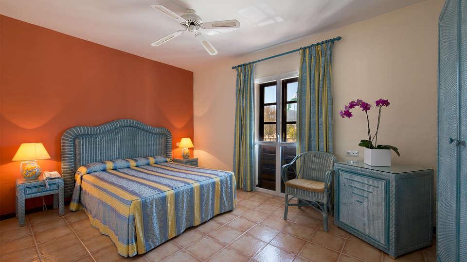 Hotel Bluebay Banus - EDIT_room5.jpg