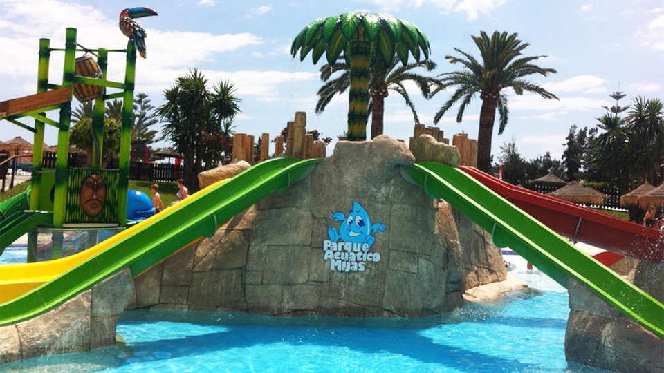 Hotel Bluebay Banus - EDIT_waterpark.jpg