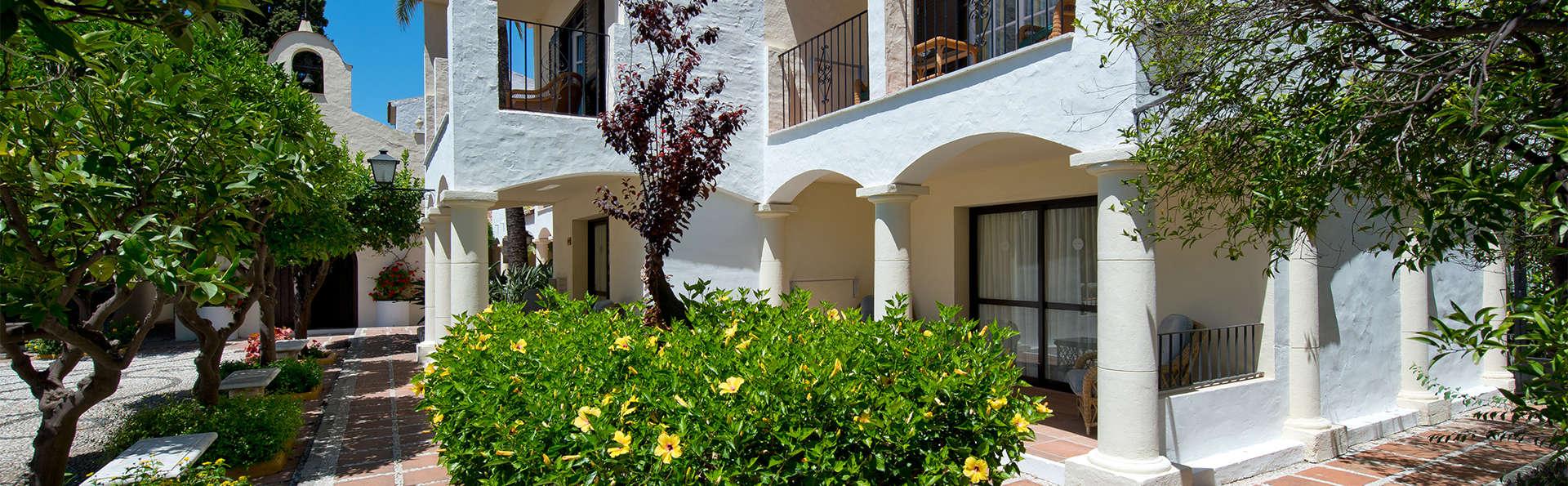 Hotel Bluebay Banus - EDIT_gardens2.jpg