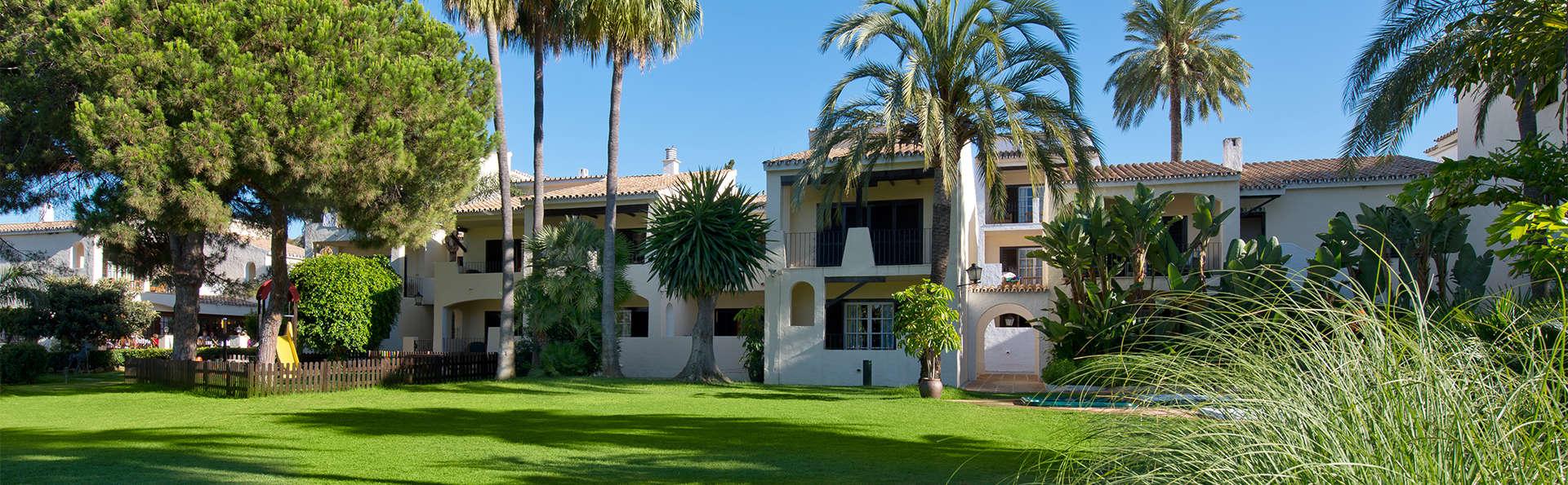 Hotel Bluebay Banus - EDIT_gardens6.jpg