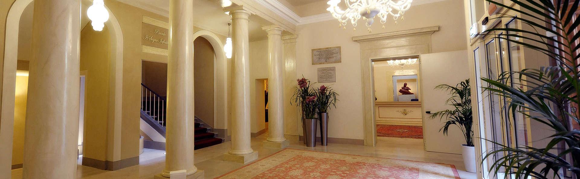 Palazzo San Lorenzo  - edit_Hall1.jpg