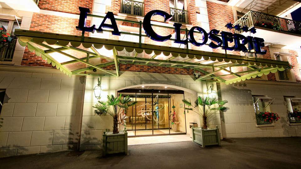 La Closerie Deauville - EDIT_NEW_front.jpg