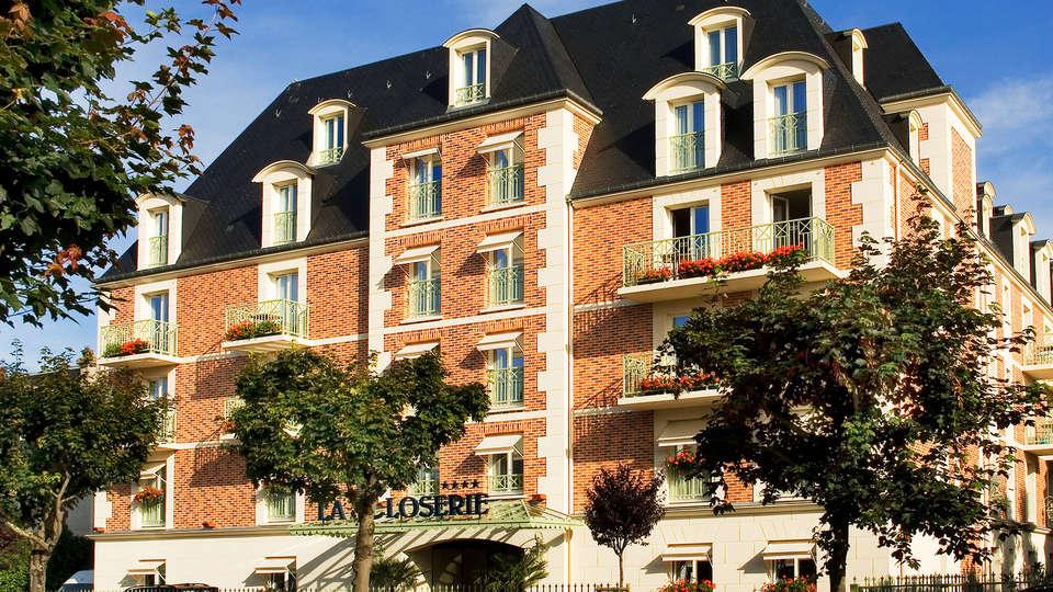La Closerie Deauville - EDIT_NEW_front1.jpg