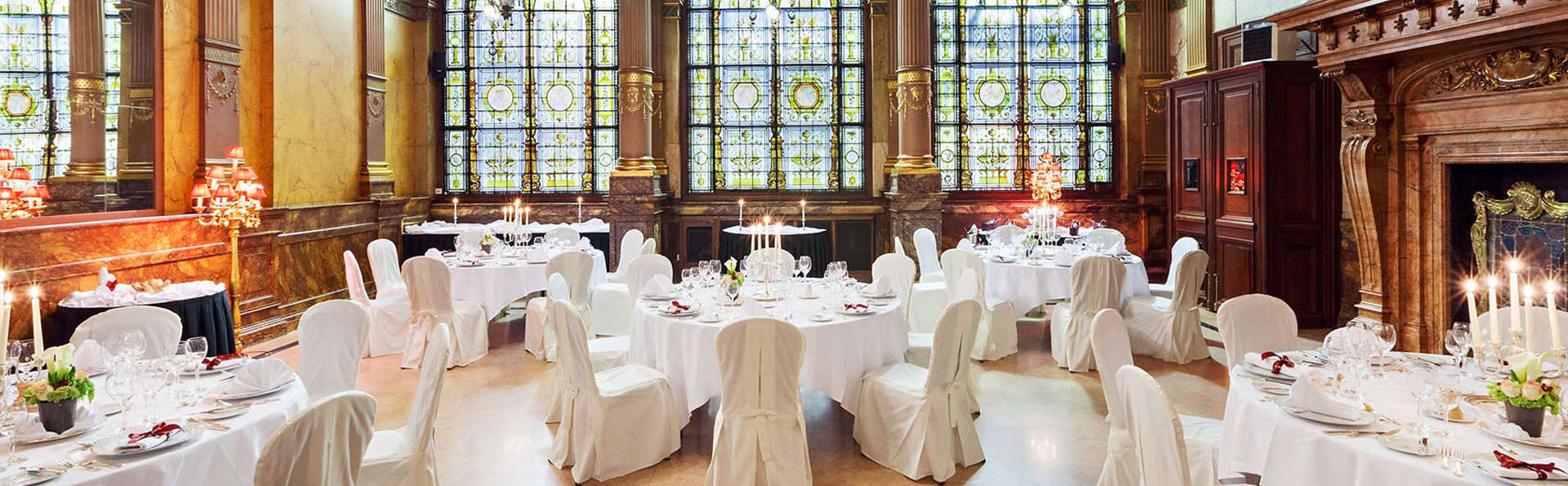 Hotel Metropole - edit_new_Rubinstein-room_banquet-set-up2.jpg