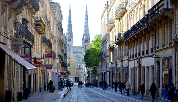 Week-end culturel avec une visite historique de Bordeaux et découverte de sa gastronomie