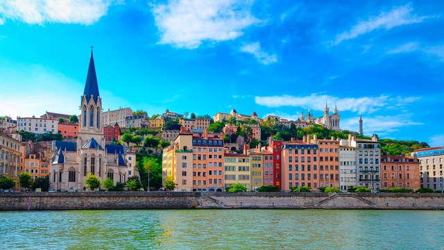 Découverte de Lyon avec dîner et visite de la ville (Lyon City card incluse)