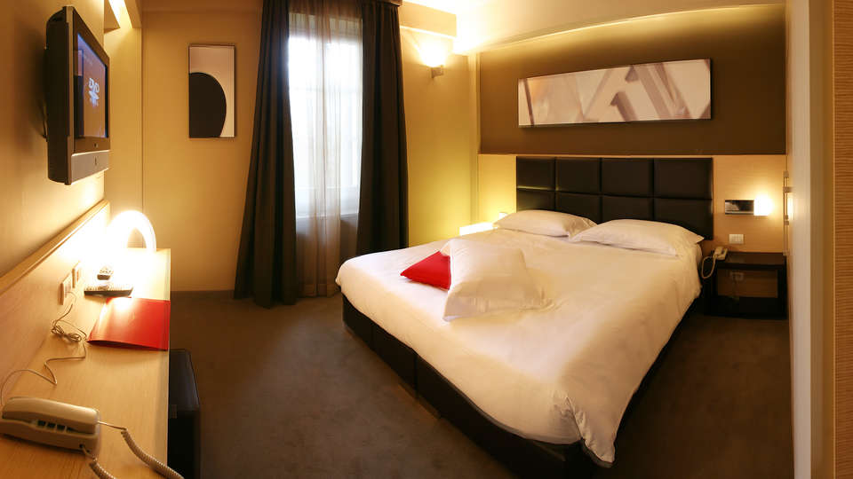 Villa Dei Platani boutique hotel & Spa - EDIT_room.jpg