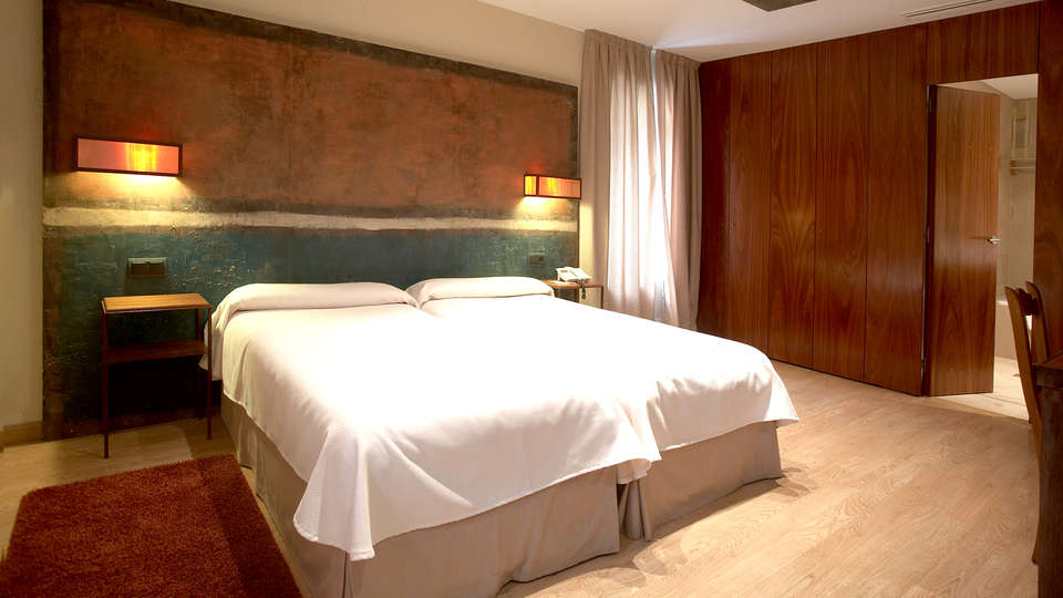Hotel Santa Cristina Petit Spa - Edit_Room.jpg