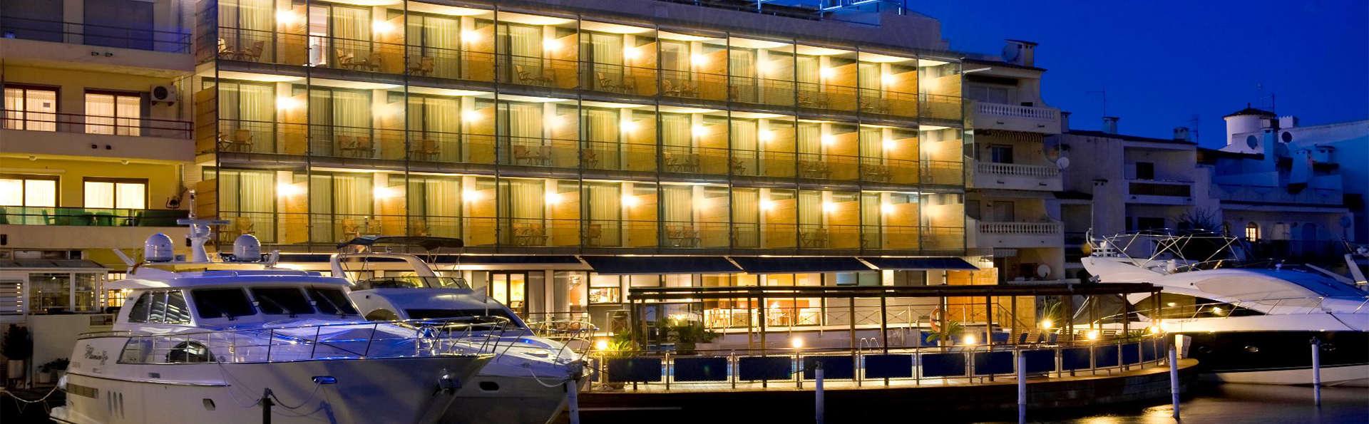 Hotel Port Salins - EDIT_ext1.jpg