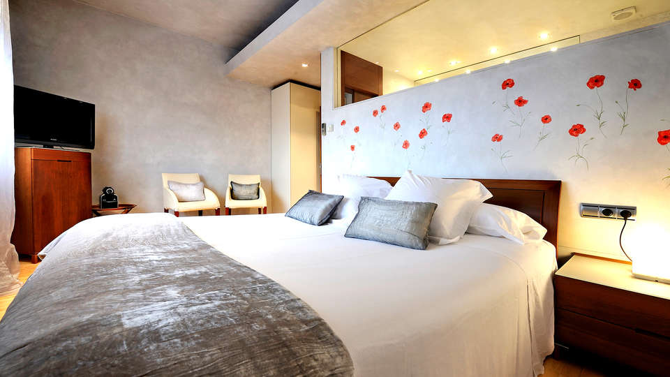 Hotel Urbisol - EDIT_NEW_ROOM2.jpg