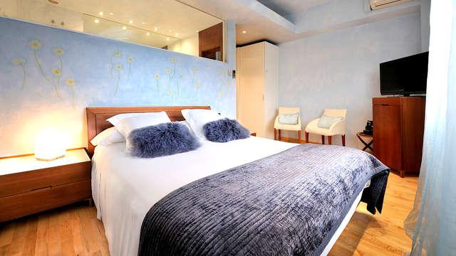 Desconexión en plena naturaleza con bañera de hidromasaje y desayuno en la habitación en Calders