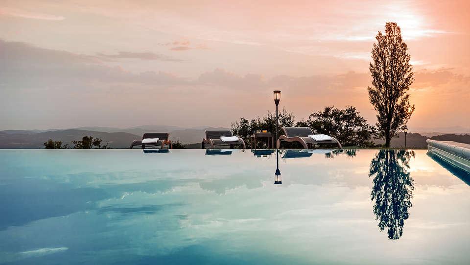 Nikis Resort - EDIT_pool.jpg