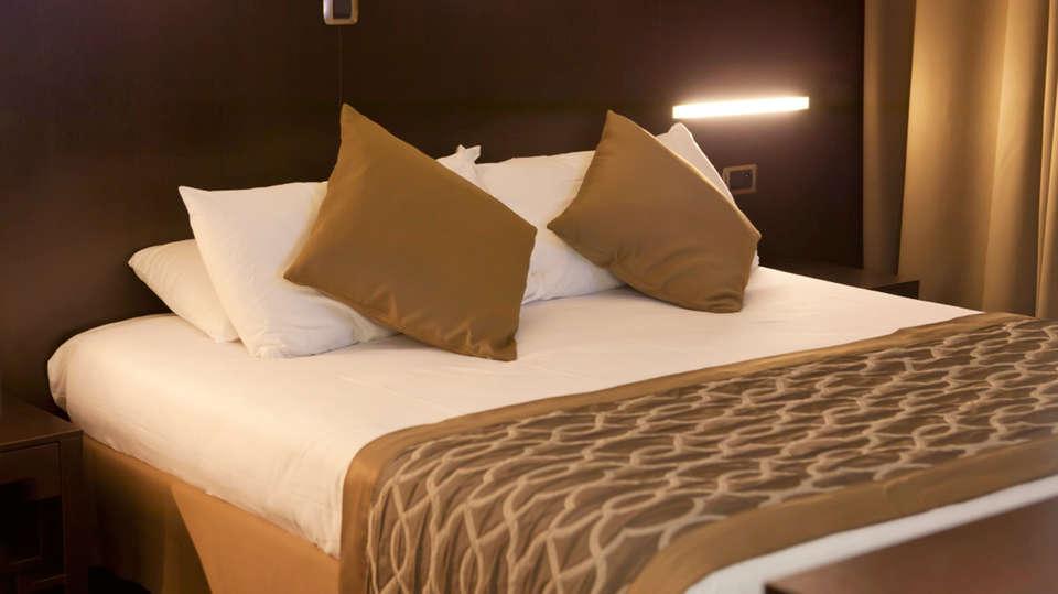 Hôtel Apogia Paris - EDIT_room2.jpg