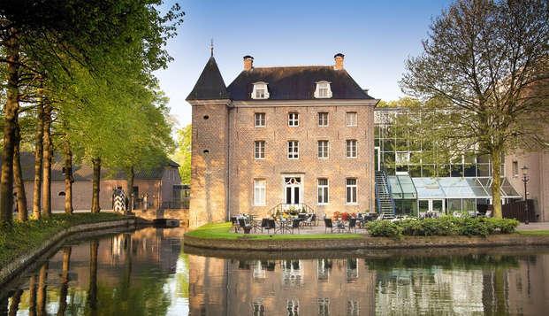 Kom tot rust in een middeleeuws kasteel nabij Venlo