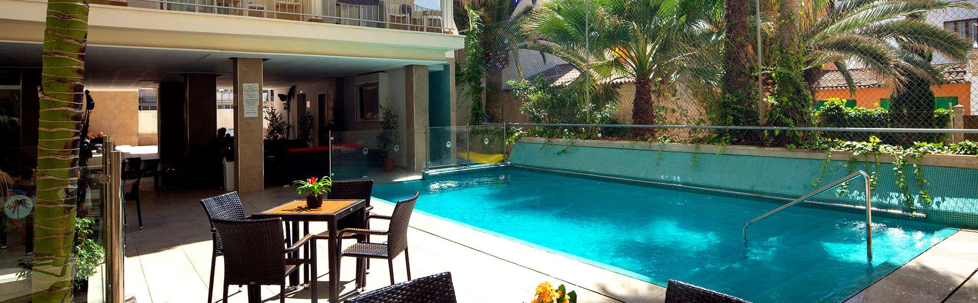 Évadez-vous dans un bel hôtel sur la plage de S'Arenal
