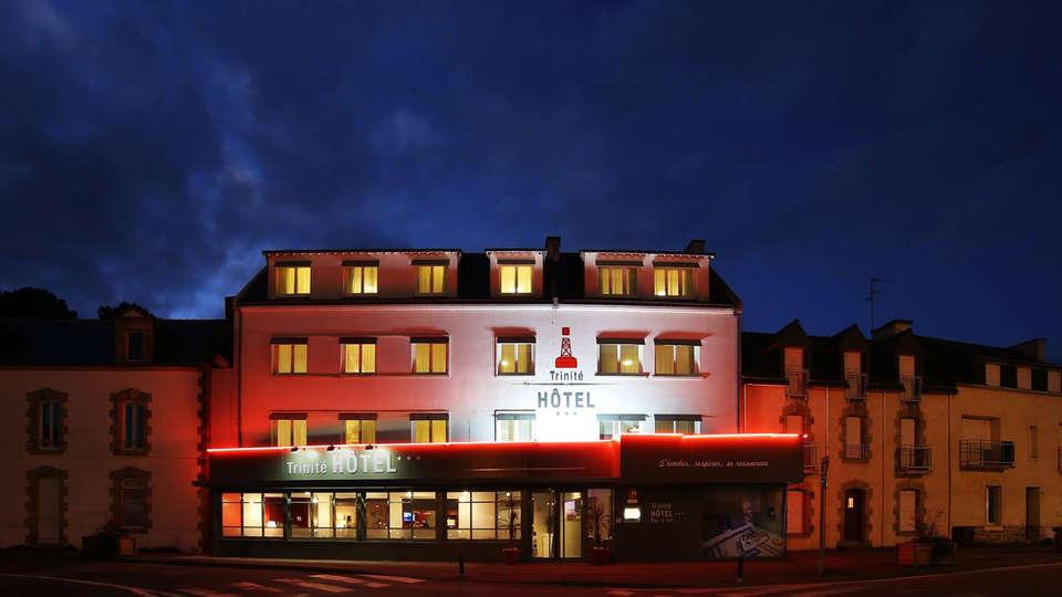 Trinité Hôtel - EDIT_front.jpg