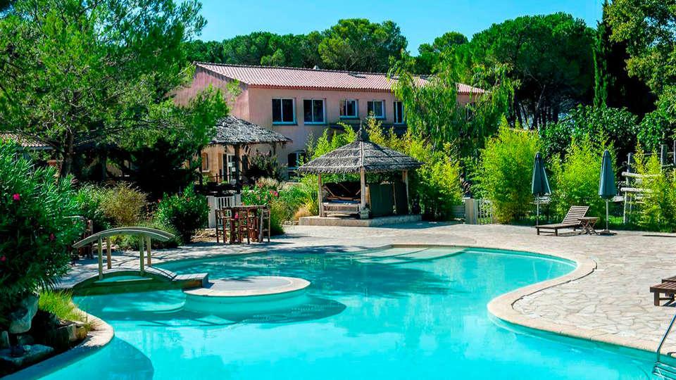 La Villa Vicha, The Originals Relais (Relais du Silence) - EDIT_pool.jpg