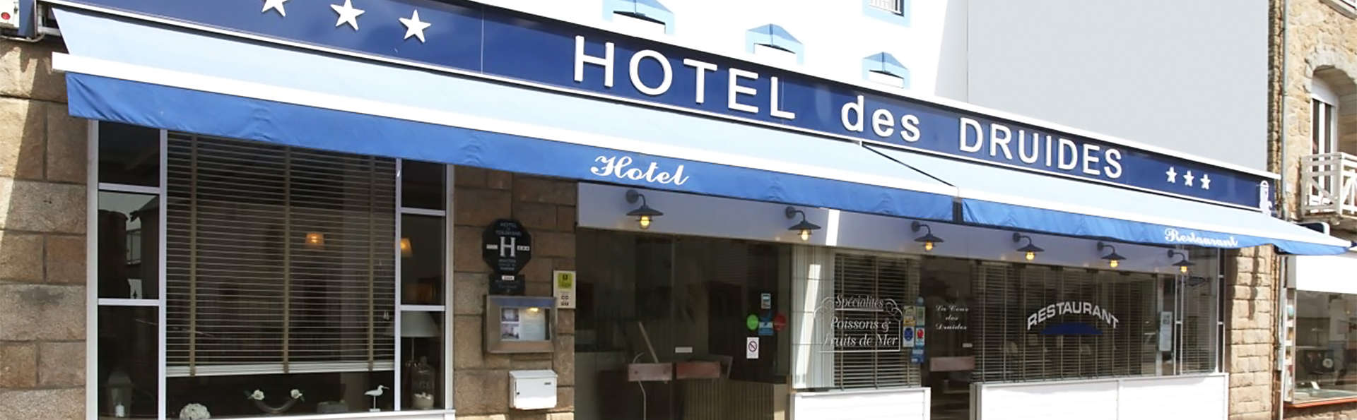 Hôtel des Druides - EDIT_front1.jpg