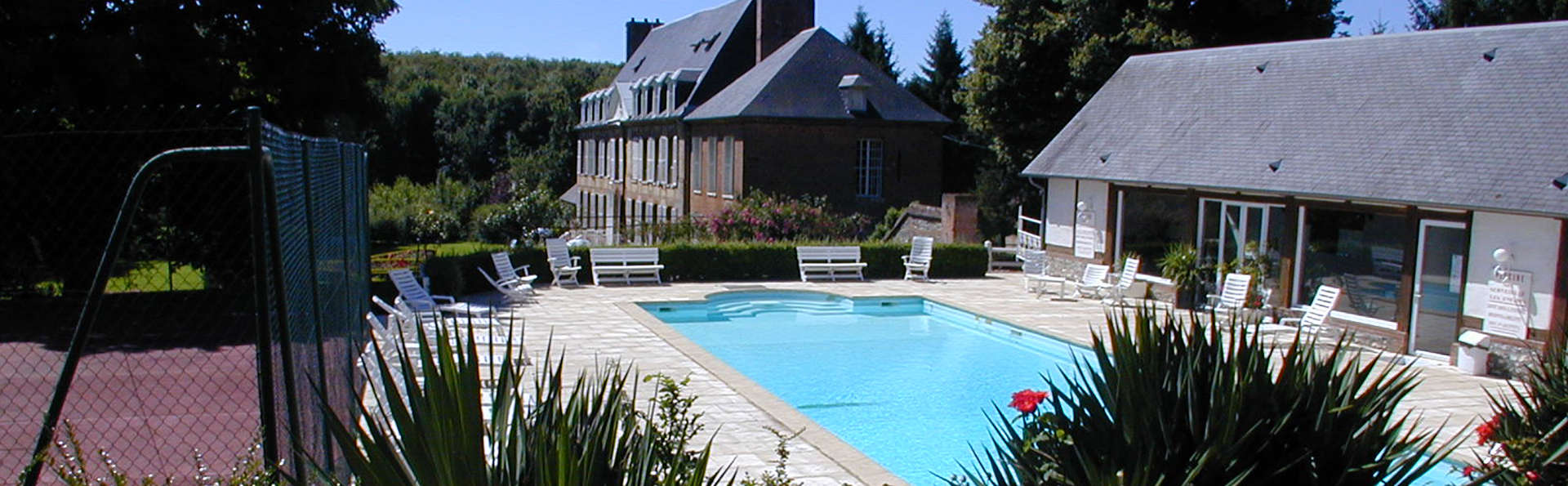 Château du Landel, The Originals Relais (Relais du Silence) - edit_pool_tennis.jpg