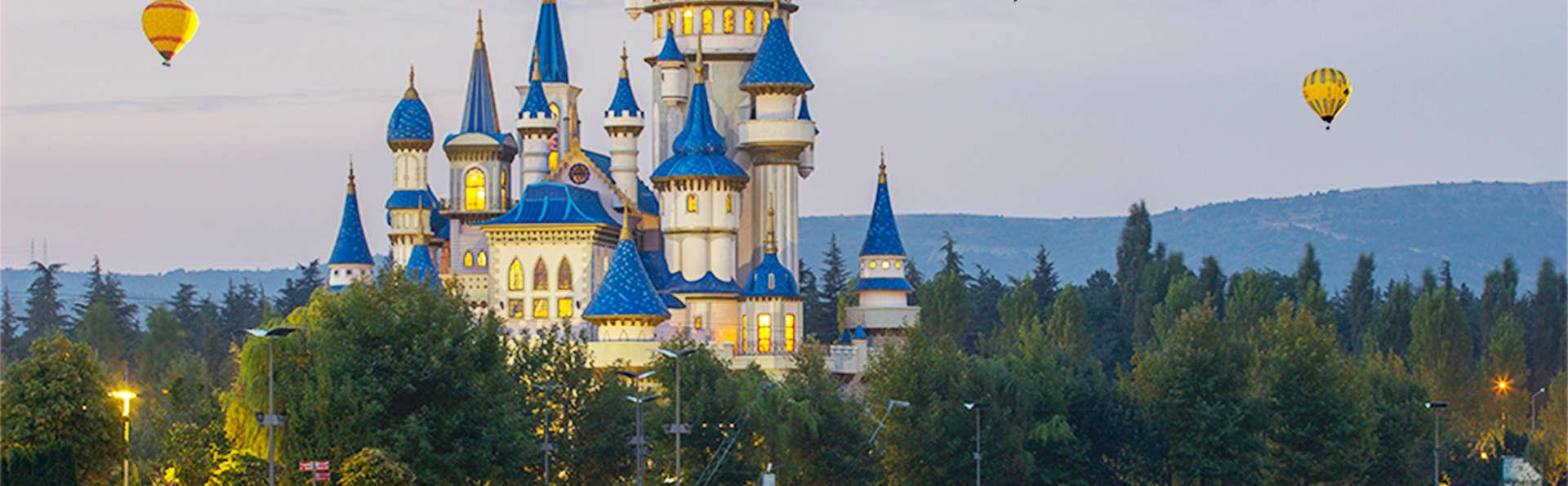 2 Jours aux 2 Parcs Disney® en un seul séjour (jusqu'à 4 personnes - 2 Jours/2 Parcs)