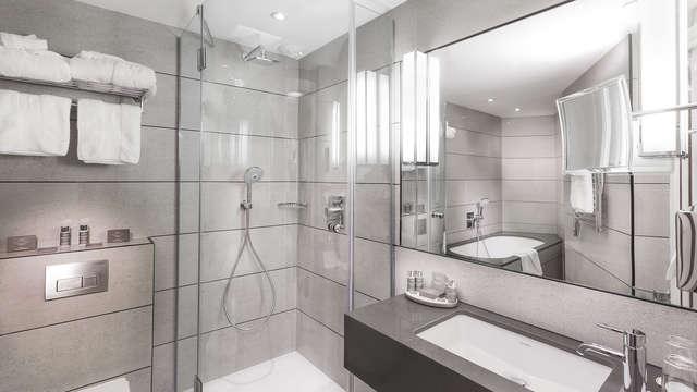 Hotel Balmoral Champs-Elysees - SDB