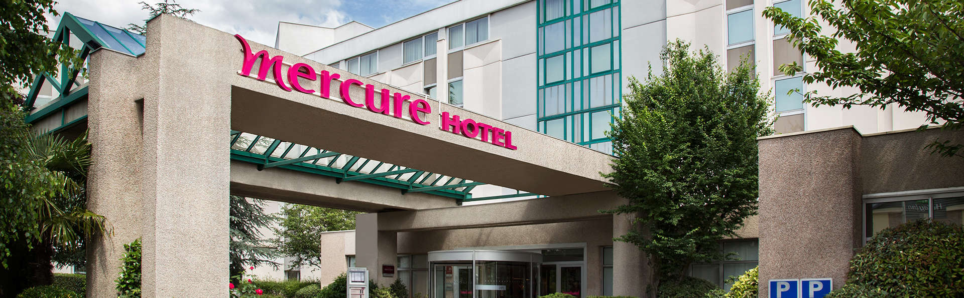 Mercure Paris Roissy CDG - EDIT_front2.jpg